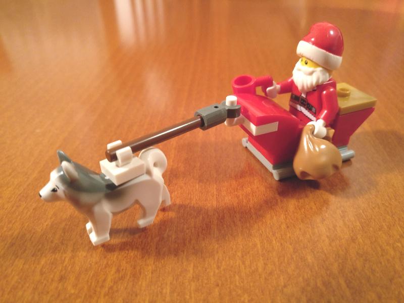 LEGO božiček pripravljen za akcijo
